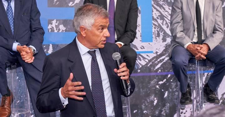 """Juan Antonio Samaranch: """"Solo podrá evolucionar un proyecto olímpico, Barcelona en 2030 o Madrid en 2032"""""""