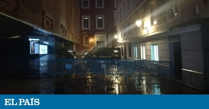 Desalojado sin incidentes el edificio okupado La Ingobernable en Madrid
