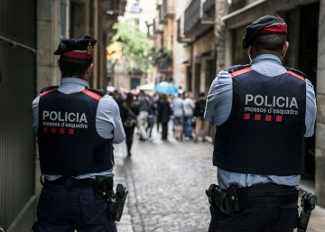 Los Mossos investigan el parricidio de dos niñas en su casa de Salitja, en Girona