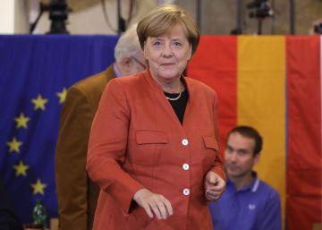 Merkel logra su cuarta victoria pero no evita la fuerte irrupción de la extrema derecha