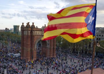 La declaración de independencia en suspenso deja en el aire la estabilidad económica y social