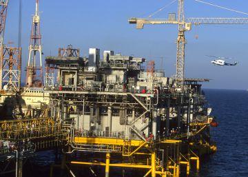 Arabia Saudí se prepara para una guerra del petróleo y las Bolsas de Oriente Medio se desploman
