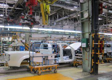 Nissan cerrará la planta de Barcelona y trasladará producción a Renault, según el diario 'Nikkei'