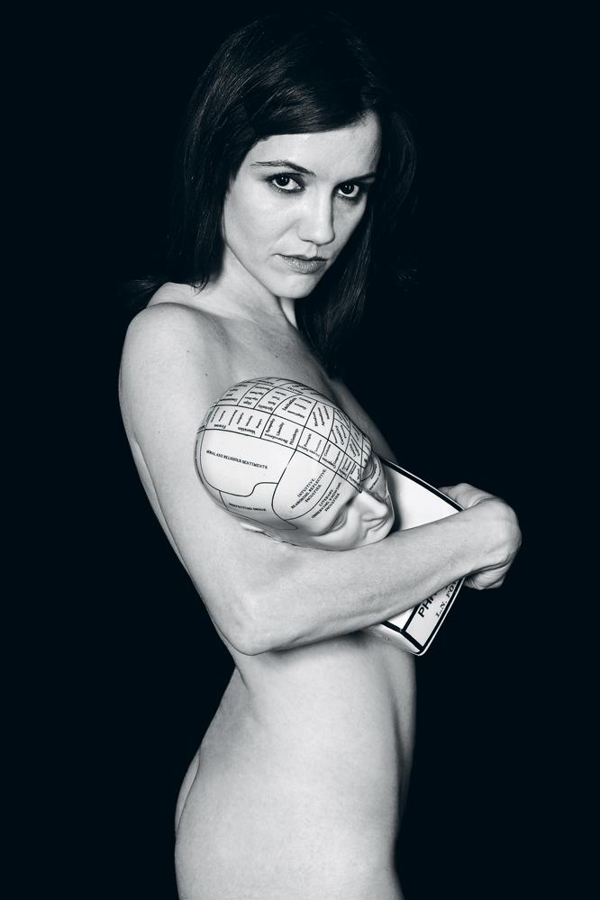 Foto de cantante desnuda images 12