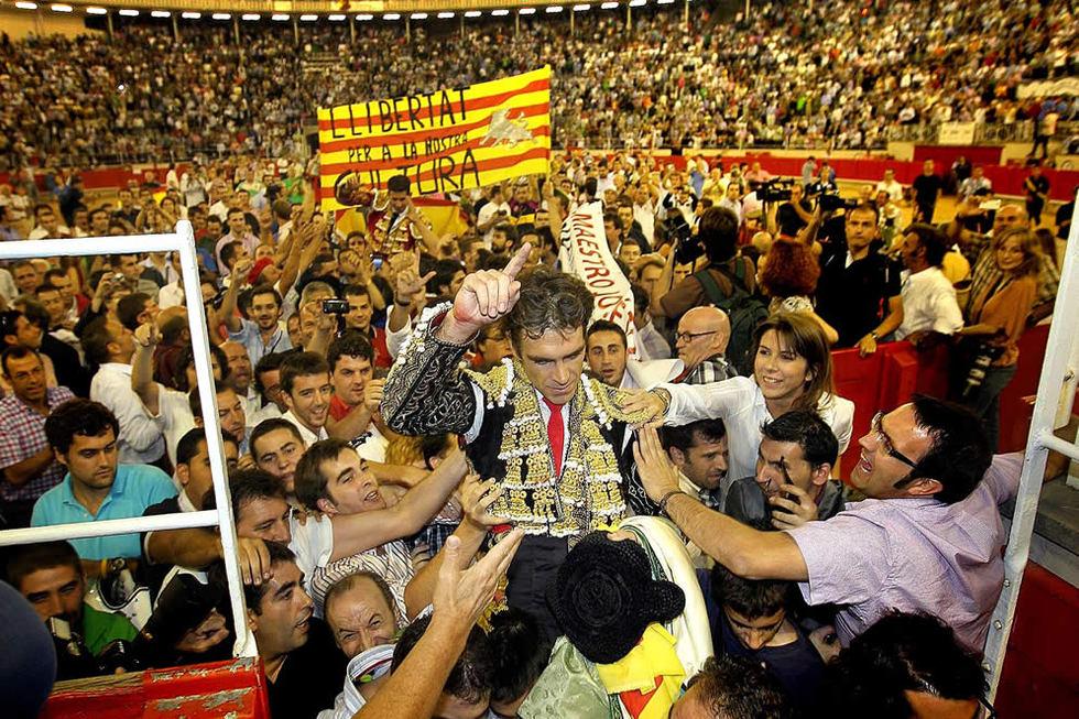 Resultado de imagen de foto corrida en la monumental de barcelona
