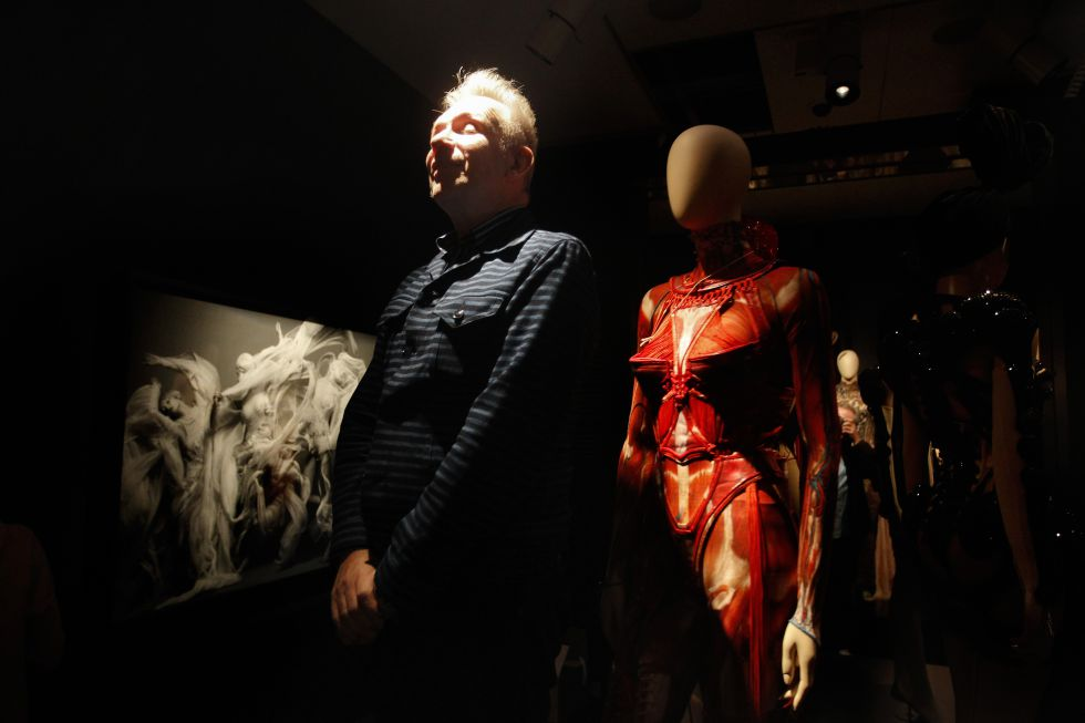 Fotos: Paseo por las obsesiones de Jean Paul Gaultier | Cultura | EL ...