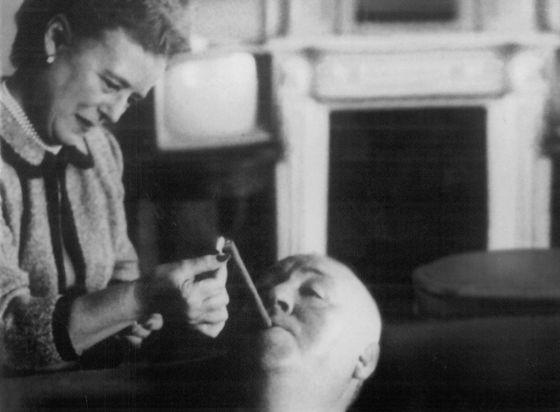 5 personajes gays dentro de la filmografía de Alfred Hitchcock