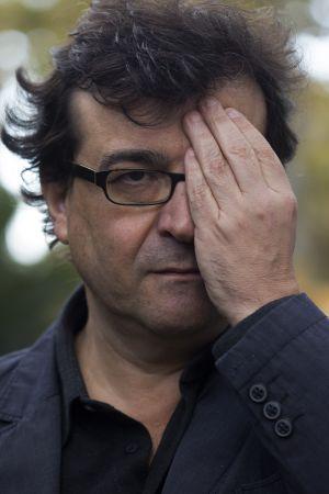 Entrevista Con Javier Cercas Javier Cercas La Memoria Histórica Se Ha Vuelto Una Industria Babelia El País