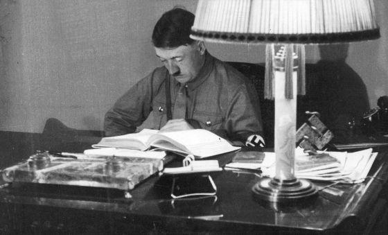 Mi lucha' volverá a publicarse en Alemania después de 70 años | Cultura |  EL PAÍS