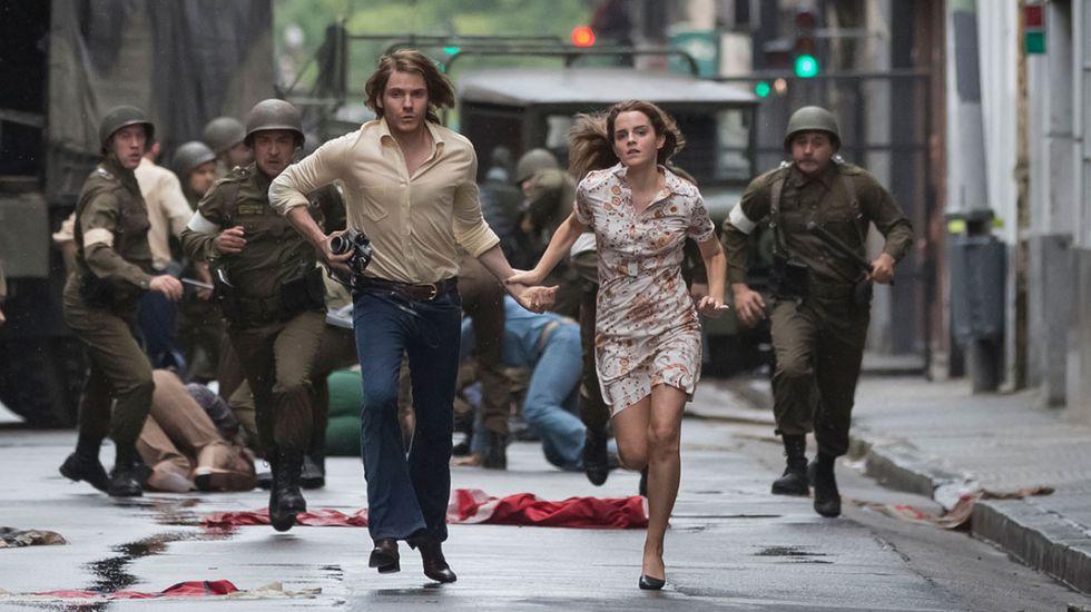 Colonia Film 2015 Emma Watson Y Daniel Brühl Contra Pinochet Y Los