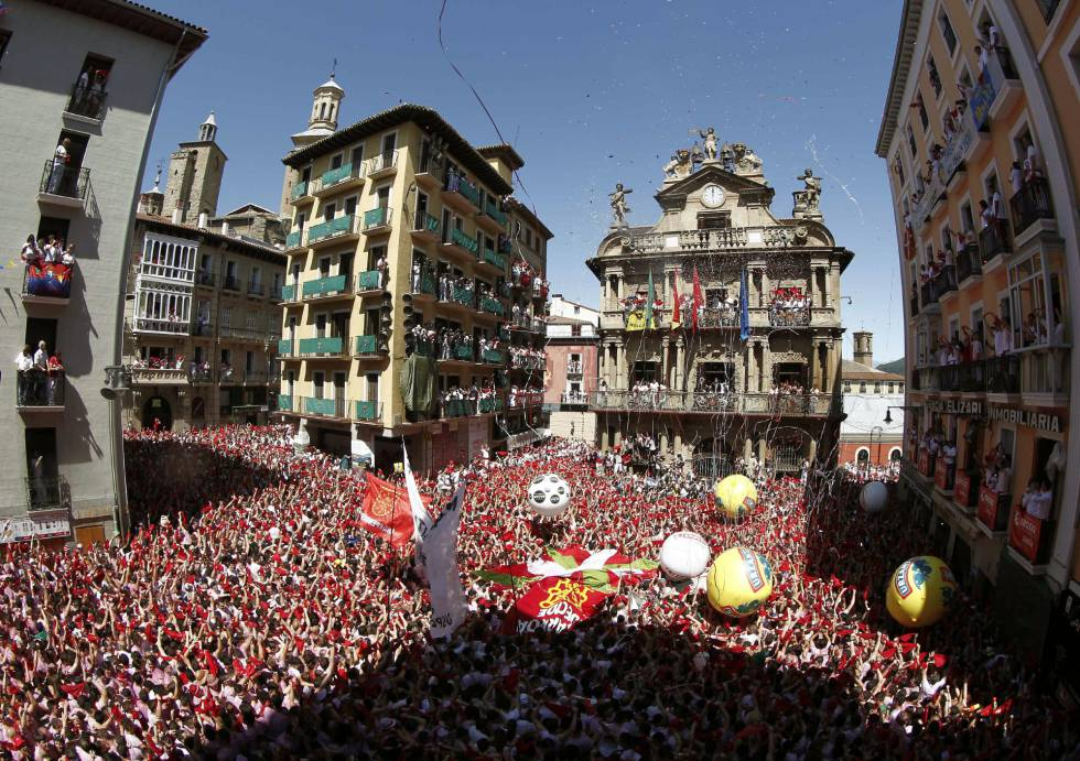 """San Fermín 2016: Your local, """"loco"""" guide to the festival of San ..."""
