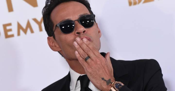 'caballo Grammy Por Brindis LatinosUn Premios El Salsero'Marc oCxBreWQd