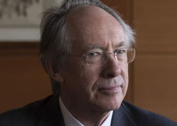 Ian McEwan: ?Un referéndum de independencia no es la solución para Cataluña?