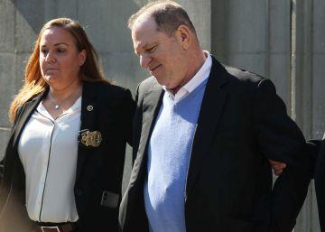 Diez millones de fianza a Weinstein tras entregarse a la policía