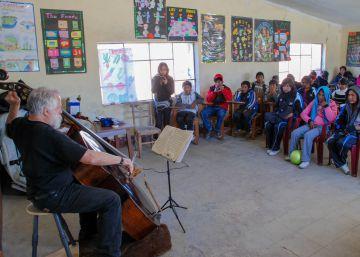 ?Back to Bolivia: A Lifetime later?, un reencuentro musical con Bach a orillas del lago Titicaca