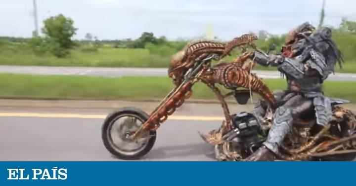 Resultado de imagen de El misterio del motorista disfrazado de 'Predator' por una autopista tailandesa