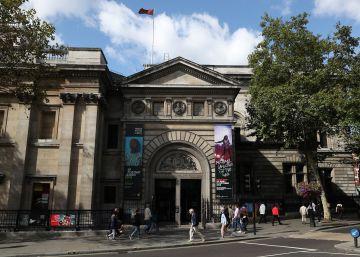 El sensor roto que hundió las estadísticas de la National Portrait Gallery
