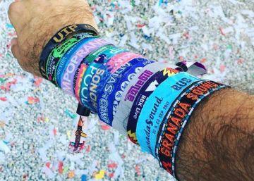 La información que esconden las pulseras de los festivales