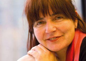 María Xesús Lama gana el Premio Nacional de Ensayo por una biografía de Rosalía de Castro