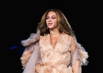 Un retrato de Beyoncé hace historia en un museo de Washington