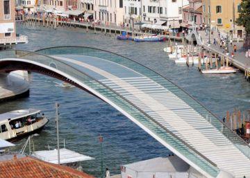 Italia multa a Calatrava por la ?macroscópica negligencia? de su puente en Venecia