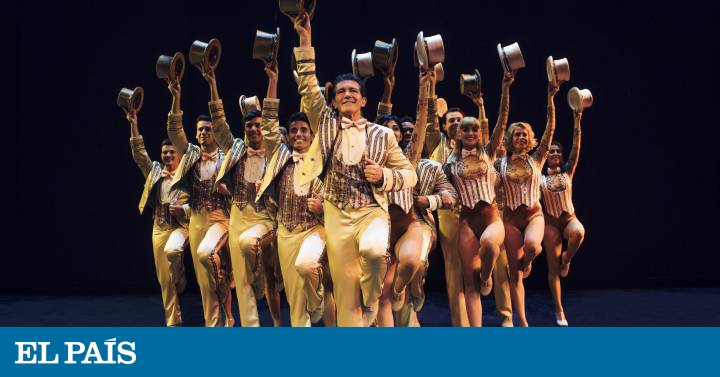Antonio Banderas in A Chorus Line: 'A Chorus Line': a genuine 'broadway' for Málaga | Culture