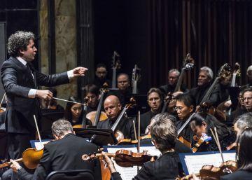 Gustavo Dudamel dirige a la Filarmónica de Los Ángeles en México