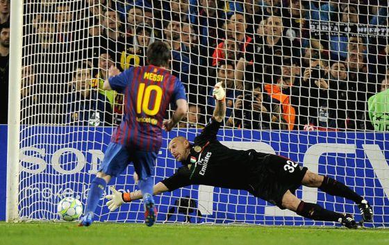 Messi ajusticia al Milan  Deportes  EL PAS