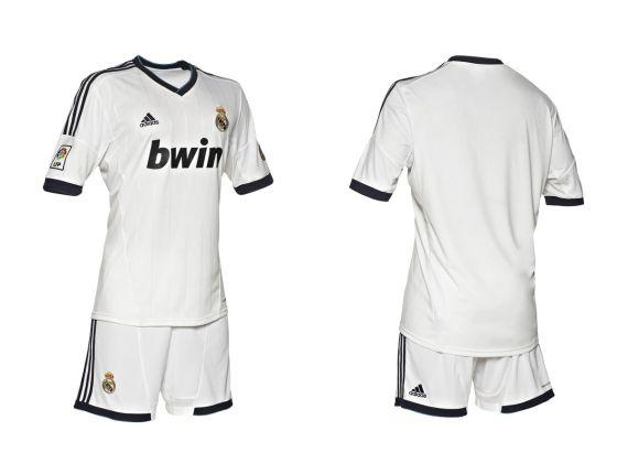 4366103109049 El Madrid estrena traje