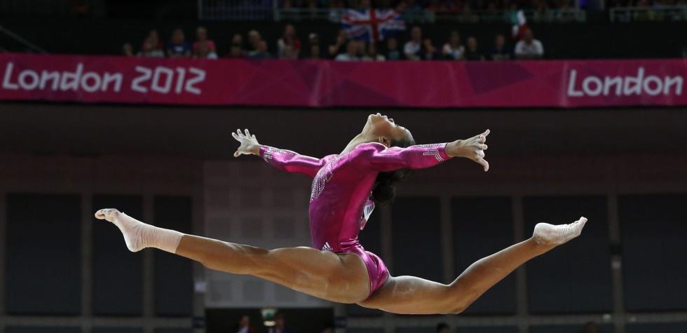 Fotos la final femenina de gimnasia art stica en for Deportes de gimnasia
