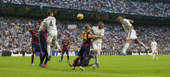 Real Madrid 3 - Barcelona 1  El Madrid impone su fútbol total ... b93b7ff31fe26