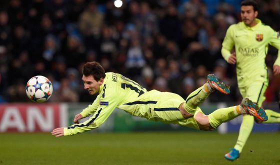 Manchester City 1-Barcelona 2  Suárez remata un partidazo del Barça ... bc1b21dc693d3