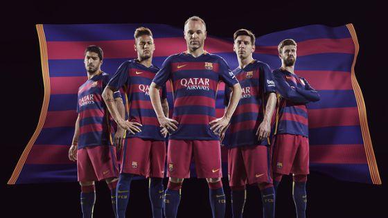 FC Barcelona  El Barça presenta su nueva camiseta  19e851d612b73