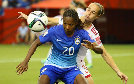 bd7bd1eb2a835 Mundial fútbol femenino  España se queda a medias