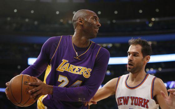 finest selection 8651f 7d5d1 NBA  Emotiva derrota de Kobe Bryant en el Madison Square Garden   Deportes    EL PAÍS