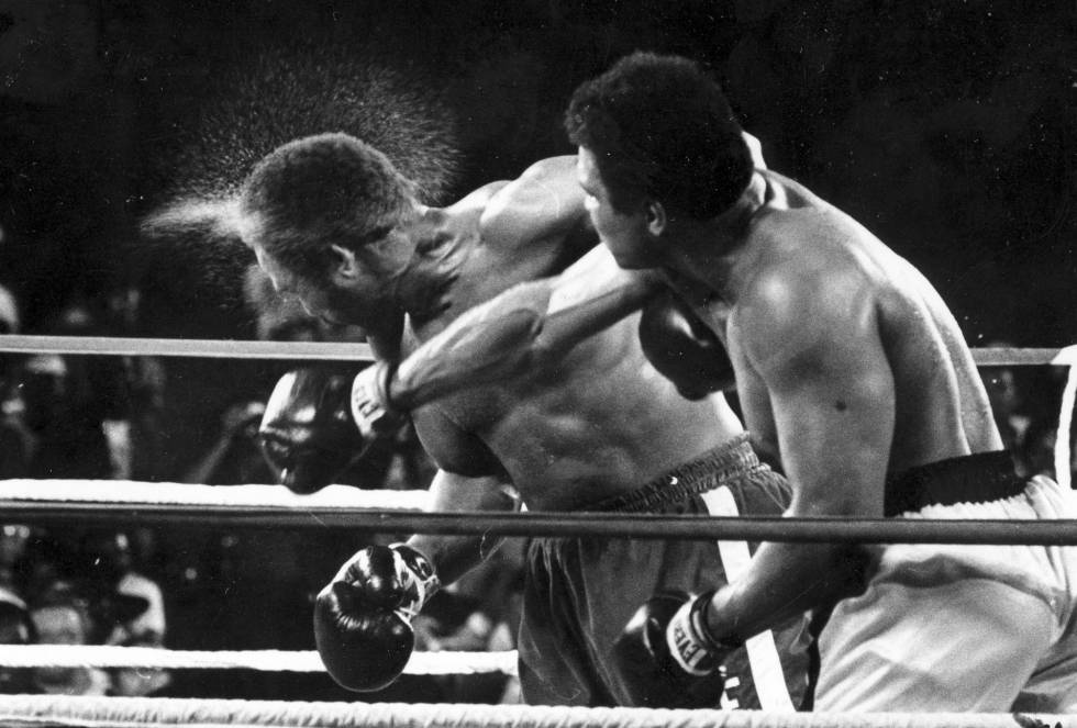 c0c6435f7ac16 Morre Muhammad Ali  Muhammad Ali  o rei do mundo   Esportes   EL ...