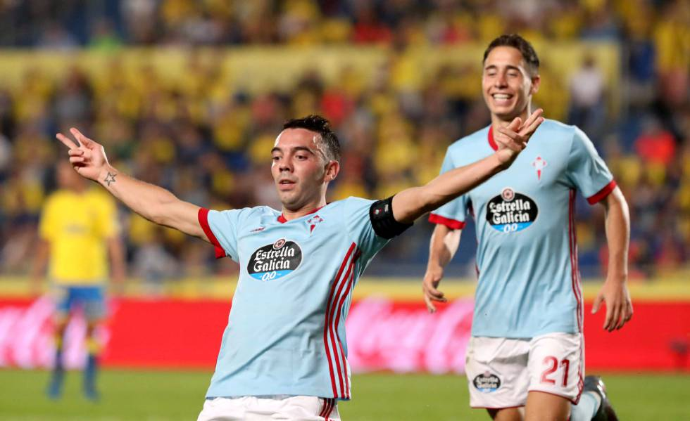 Aspas y Emre celebrando un gol (Foto: EFE).