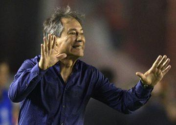 Ariel Holan, el entrenador de hockey que rescató a Independiente