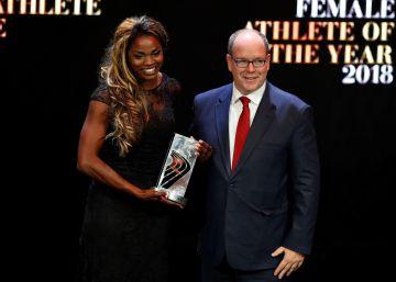 La colombiana Caterine Ibargüen gana el premio a la mejor atleta del año