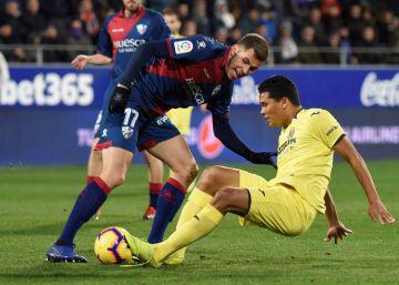 El Huesca choca con Asenjo