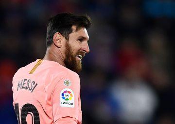 Sin Cristiano, Messi cabalga solo