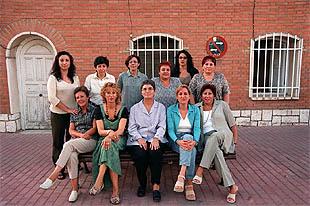 Once de las trece mujeres de la lista de iu de velilla de - Inmobiliaria velilla de san antonio ...