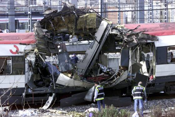 Resultat d'imatges de atentados madrid atocha