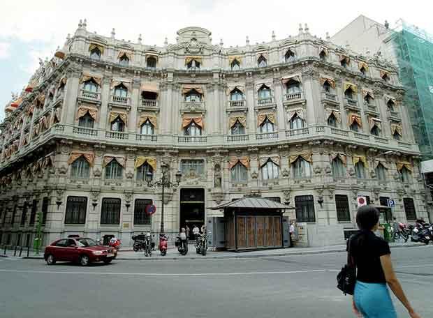 Antigua sede del banco santander edici n impresa el pa s for Banco santander abierto sabado madrid