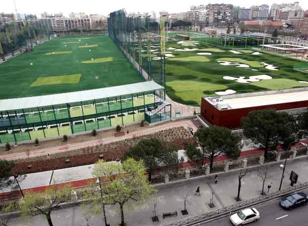 Campo de golf del canal de isabel ii edici n impresa for Oficinas canal isabel ii madrid