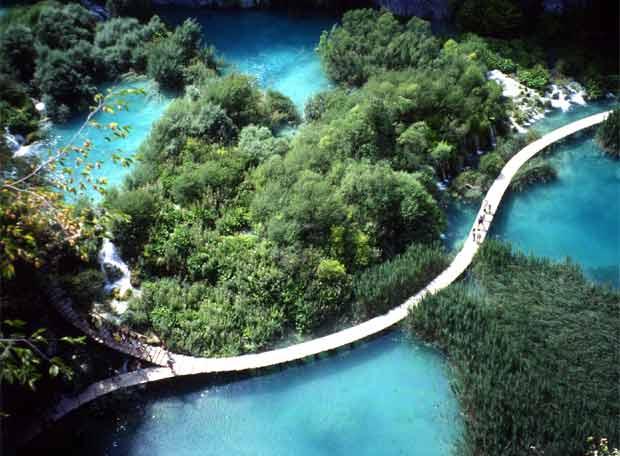 Parque Nacional De Plitvice  En Croacia
