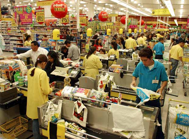 Un supermercado de bogot edici n impresa el pa s for Fuera de serie bogota empleo