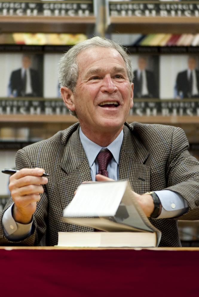"""Resultado de imagen para Fotos del presidente George W. Bush firma"""""""