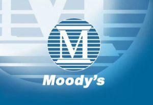Moody's le rebaja la nota de la deuda a España y otros países