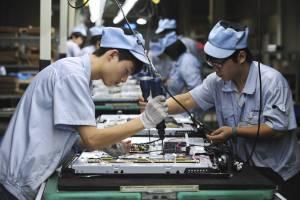 Actividad de sector manufacturero chino se contrae por cuarto mes ...
